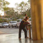 Sevilla。 このおじさん、ペットボトルに水を入れようとしているんだけど 20分ぐらい格闘してやっと満タンになっていました。